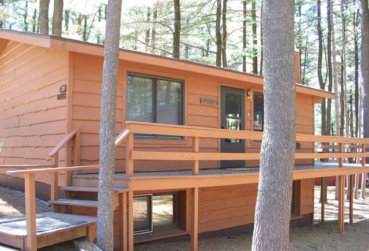 Large Cabin 20