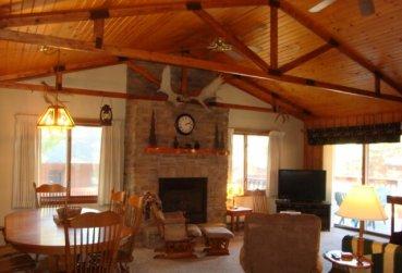 Large Cabin 29