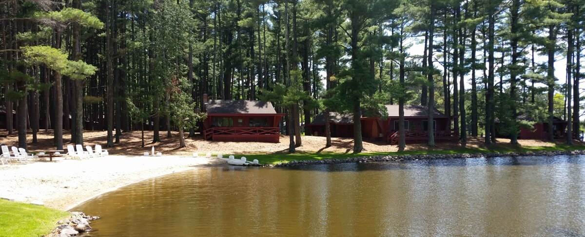 Cabins on Lake Delton